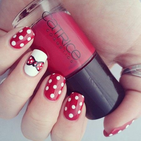 Minnie Mouse Bow Nail Art Disney minnie nails - ...