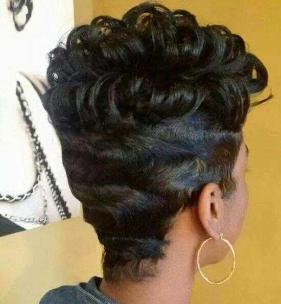 Waves and curls haircut | My hairstyles and Glamour | Pinterest