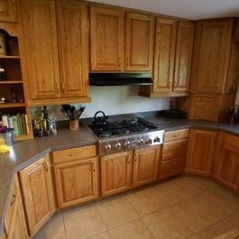 Best Oak Cabinet With Grey Countertop For The Home Pinterest 400 x 300