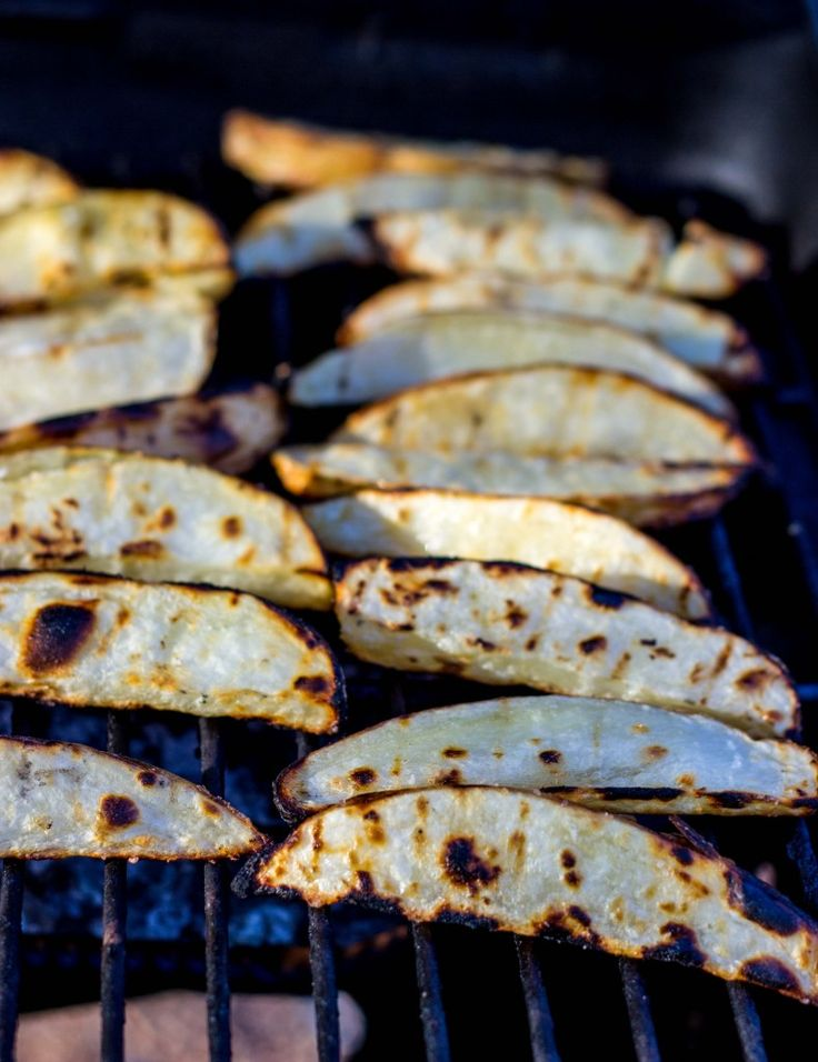 Salt & Vinegar Grilled Potato Wedges-0311