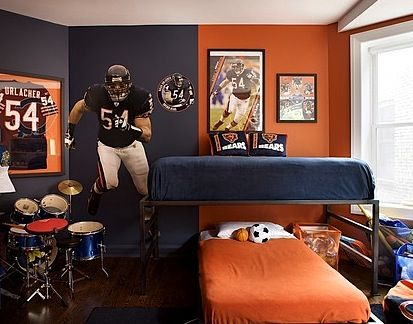 Teen boys football theme bedroom boys rooms pinterest for Boy football bedroom ideas