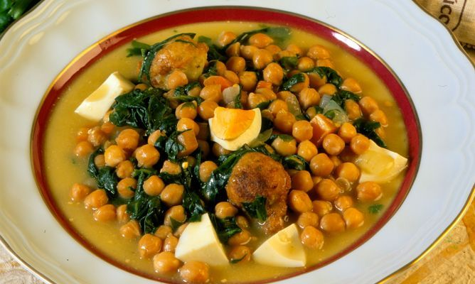 Espinacas Con Garbanzos (Spinach With Garbanzo Beans) Recipes ...