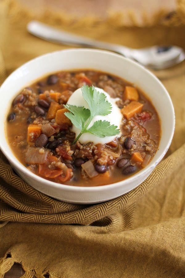 Sweet Potato, Black Bean, and Quinoa Chili (#vegetarian) | @Lucie ...