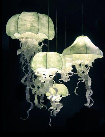 Géraldine Gonzalez jelly fish lamps