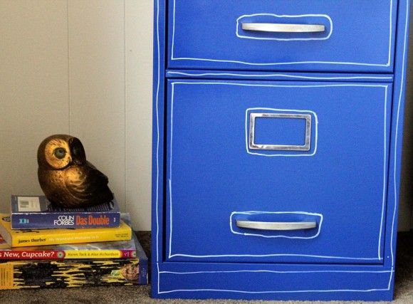 pinstriped cabinet tips on spray painting a metal file cabinet. Black Bedroom Furniture Sets. Home Design Ideas