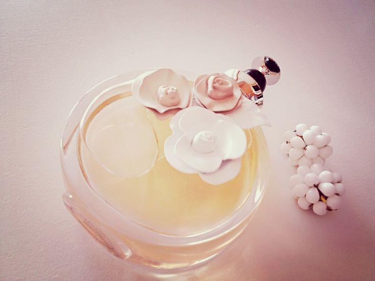 valentino eau de parfum spray
