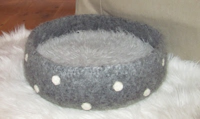 CROCHETED CAT BED PATTERN - Crochet Club - ochet patterns