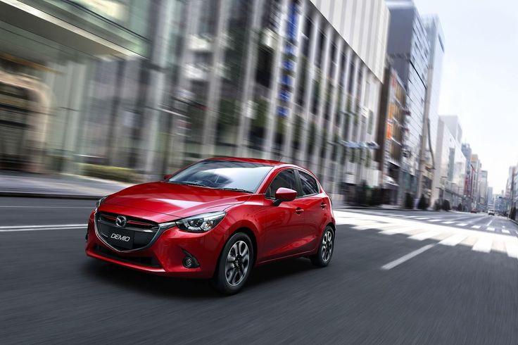 Nowa Mazda2 to rasowe auto miejskie z prawdziwego zdarzenia (źródło grafiki: Pinterest)