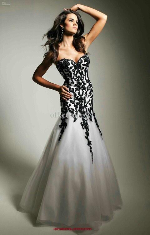 Evening Dresses for Annie's charries  08782b32185a9daed12100b34fedd497