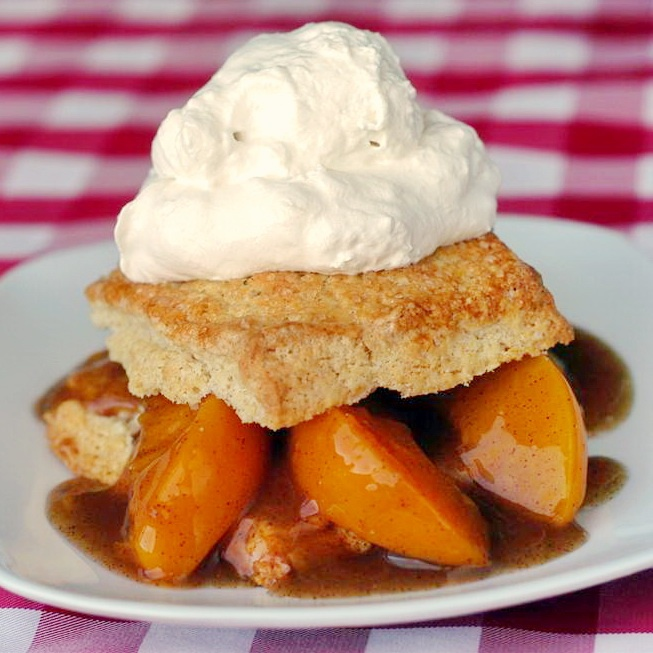 Easy Peach Shortcakes. #food #peaches #shortcake #desserts