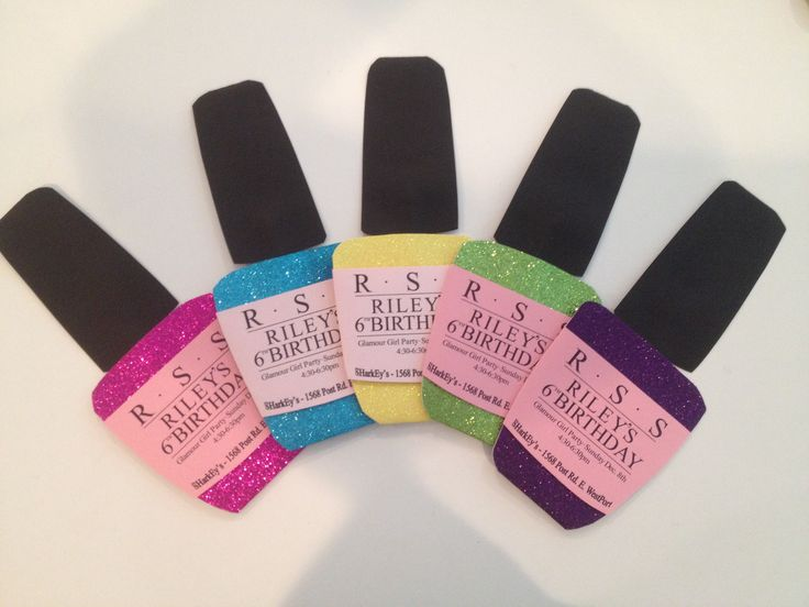 Our 5 favorite pastel nail