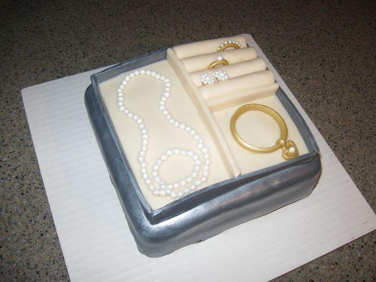 Custom Cake Images Edible : custom jewelry box cake with edible jewelry Cake Designs ...