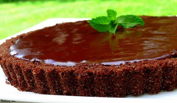 Chocolate-Glazed Chocolate Tart
