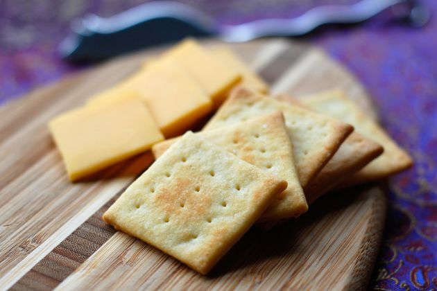 Cheese & Crackers | Yum in my Tum! ツ | Pinterest