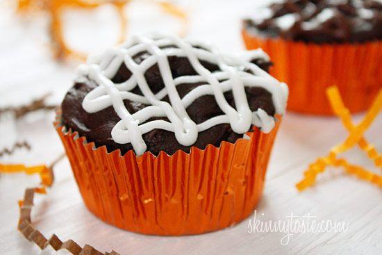 Low-Fat Chocolate Mummy Cupcakes | Recipe