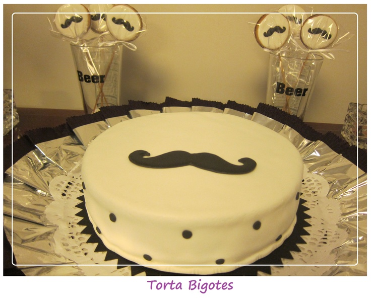 Torta y Chupetines Bigote