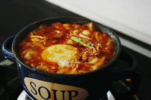 ... kimchi soondubu jjigae 김치 순 두부 찌개 kimchi soft tofu stew