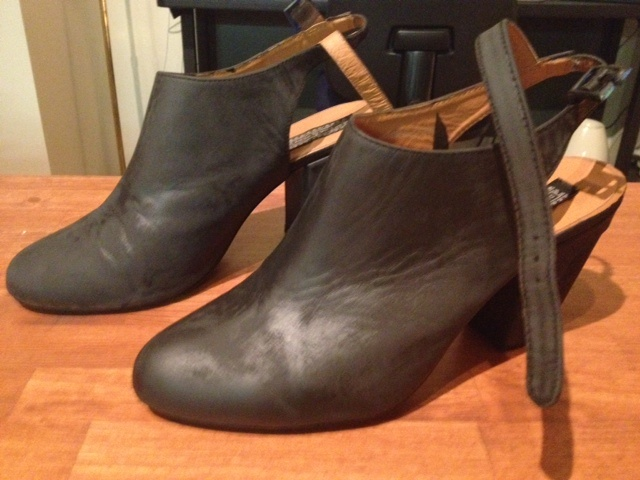 how to spray paint faux leather shoes for the tutorial click here. Black Bedroom Furniture Sets. Home Design Ideas