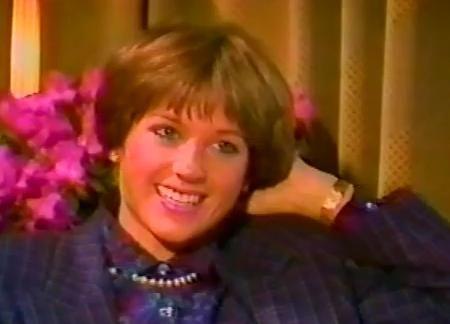 dry bar hairstyles : Hamill Haircut 1970s Hairstyle Gallery Dorothy Hamill S Wedge Haircut ...