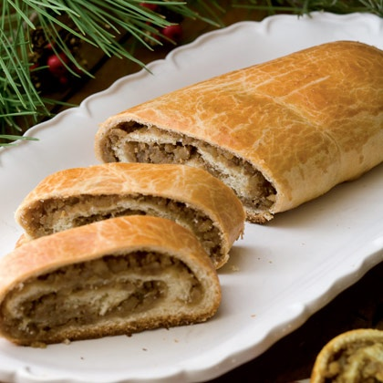 ... - Croatian walnut and fruit bread | Potica (Slovenian Nut Roll