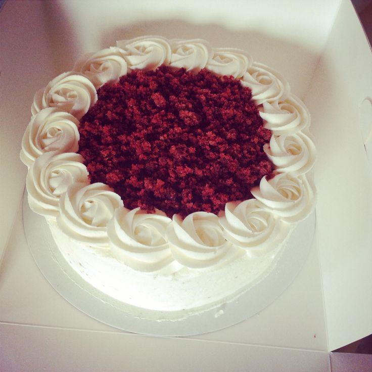 Design Of Red Velvet Cake : New design Red Velvet Cake White Cherry Bakery Cake ...
