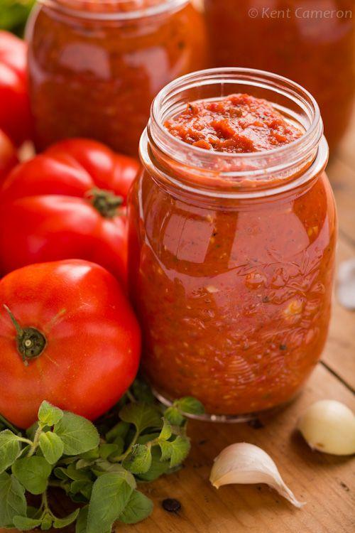 Homemade Roasted Tomato Marinara Sauce with Garlic & Oregano