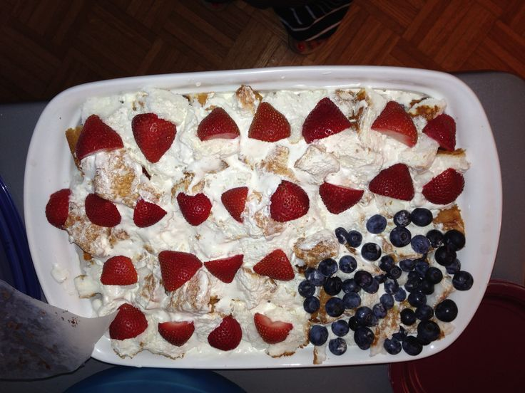 American Flag Layer Cake (sorry pic is upside down) Angel Food Cake ...