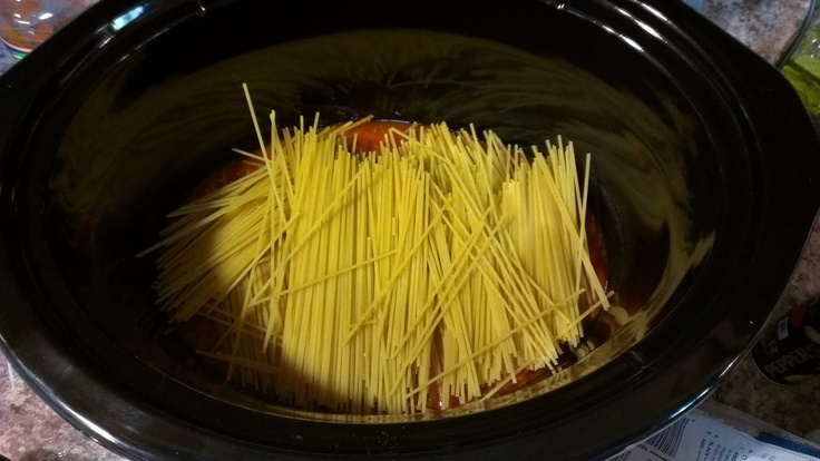 Creamy Crock-Pot Spaghetti. Yum! It was so easy, only thing is the ...