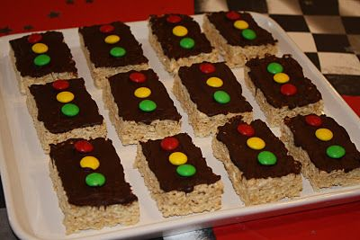 traffic light rice krispie treats for Cars theme birthday party