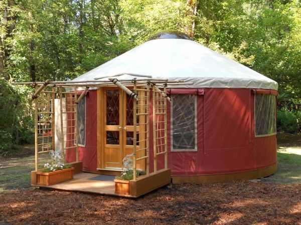 Tiny Yurt Cabin For Sale For 9 855 Homesteads Pinterest