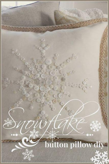 StoneGable: NO- SEW SNOWFLAKE BUTTON PILLOW
