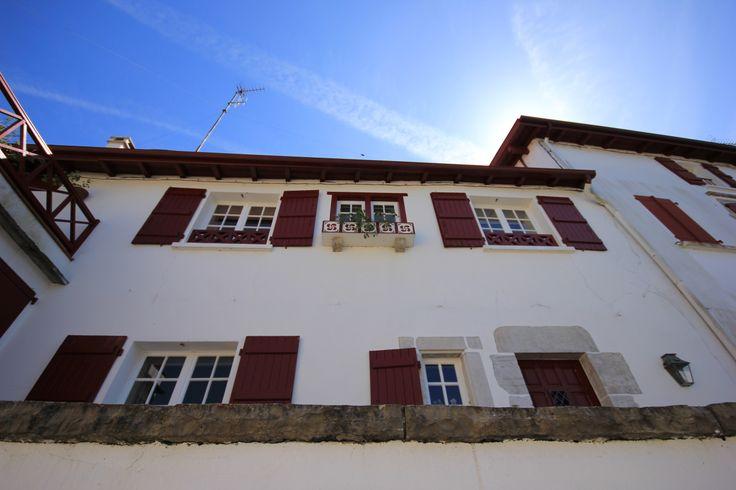 architecture basque le beau pays basque pinterest. Black Bedroom Furniture Sets. Home Design Ideas