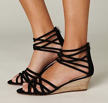 Black strappy wedges.