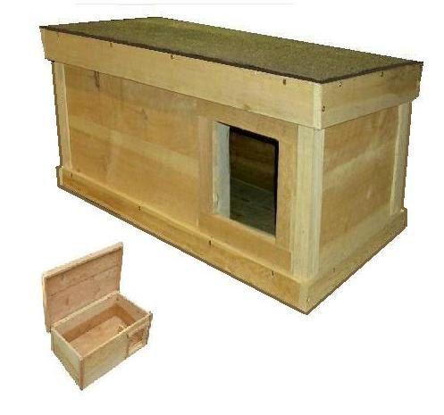ARK Workshop Medium Outdoor Cat House: wood shelter by ArkWorkshop