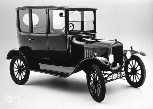 a history of the ford model t Spruce up its body with a model t-ford fender that helps bring back some of its original beauty remember, you can only drive this relatively light 1,200-pound vehicle at 2 speeds trusted sellers on ebay offer just what you need to restore one of the first cars ever mass-produced in the united states.