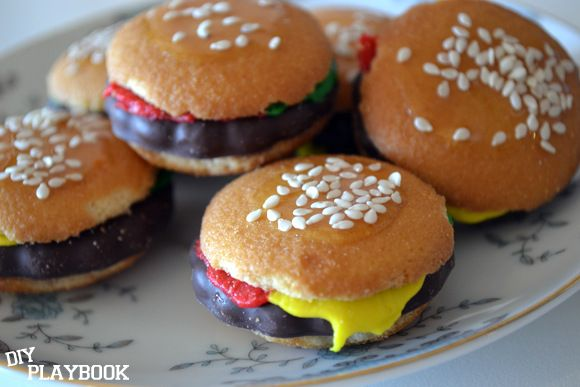 Mini Hamburger Cookies on a plate | Sweets | Pinterest