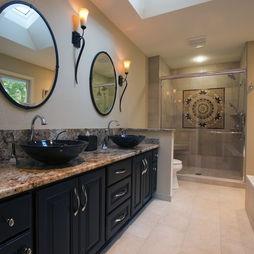 Long and narrow bathroom design master snazzy home for Narrow master bathroom