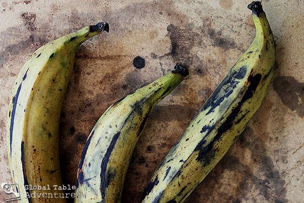 Grilled Plantain spears with crushed peanuts | Boli Bopa | Recipe