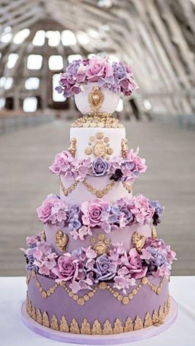 Lilac, purple & gold wedding cake