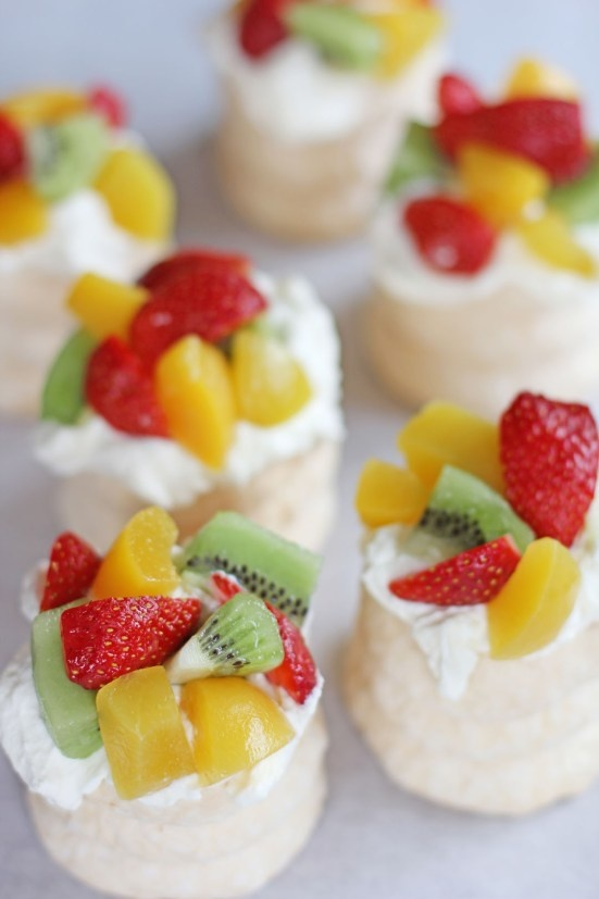 "Pavlova | Ang Sarap (A Tagalog word for ""It's Delicious"")"