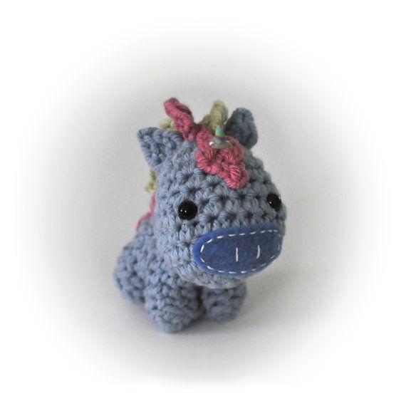 Crochet Unicorn : Crocheted Unicorn Pattern PDF di NeedleNoodles su Etsy, $4.00