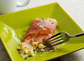 ... Recipes : Cream Cheese and Chive Scramble with Prosciutto - CHOW