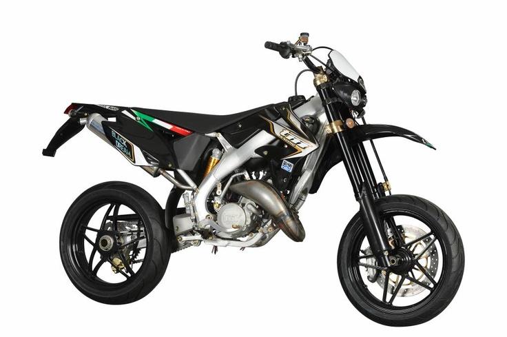 tm 125 blackdream supermotard motorbikes pinterest. Black Bedroom Furniture Sets. Home Design Ideas