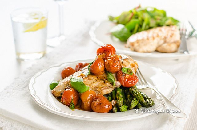 Grilled chicken with roasted tomato sauce and asparagus by eugena ...
