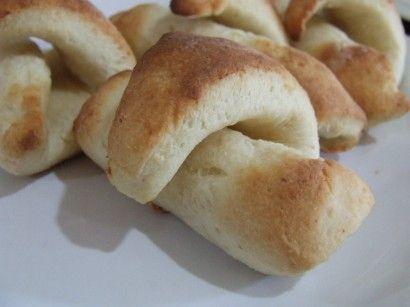 Gluten-Free Crescent Rolls / Pigs-In-A-Blanket | Recipe