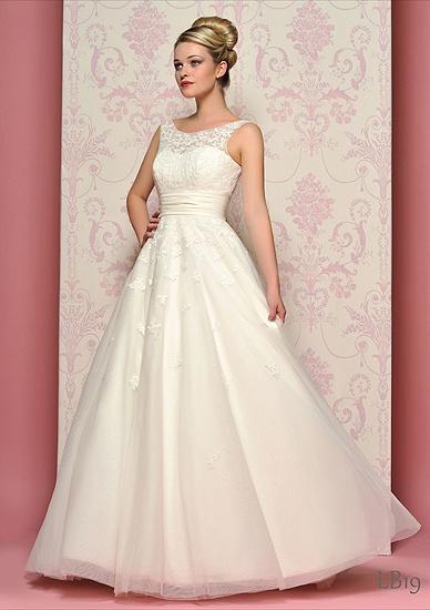 Wedding Dress For   Southampton : Hampshire wedding dresses flower girl
