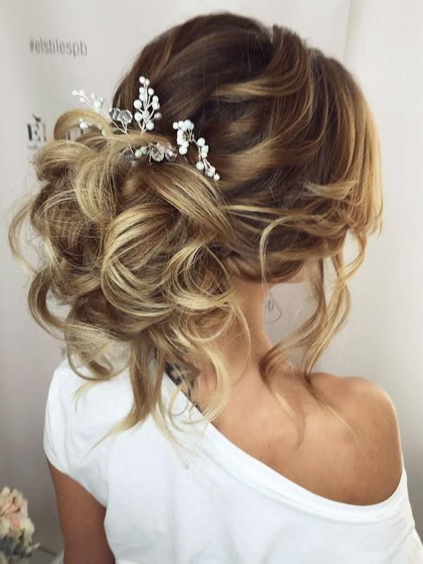 Свадебные прически на длинные волосы убранные фото