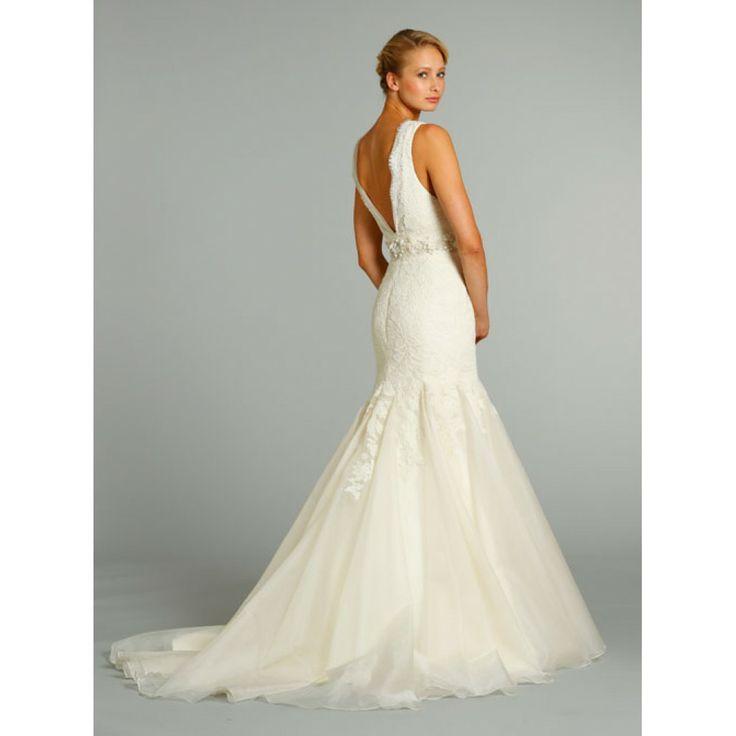 lace mermaid style wedding dress