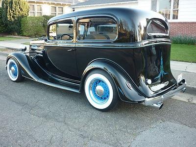 1935 chevrolet 2 door sedan street rods pinterest for 1935 chevy 2 door sedan
