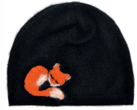 The Sleeping Fox handmade cashmere hat Black Needle Felted